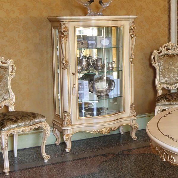 cristalliera vetrina elegante di lusso in legno in stile classico