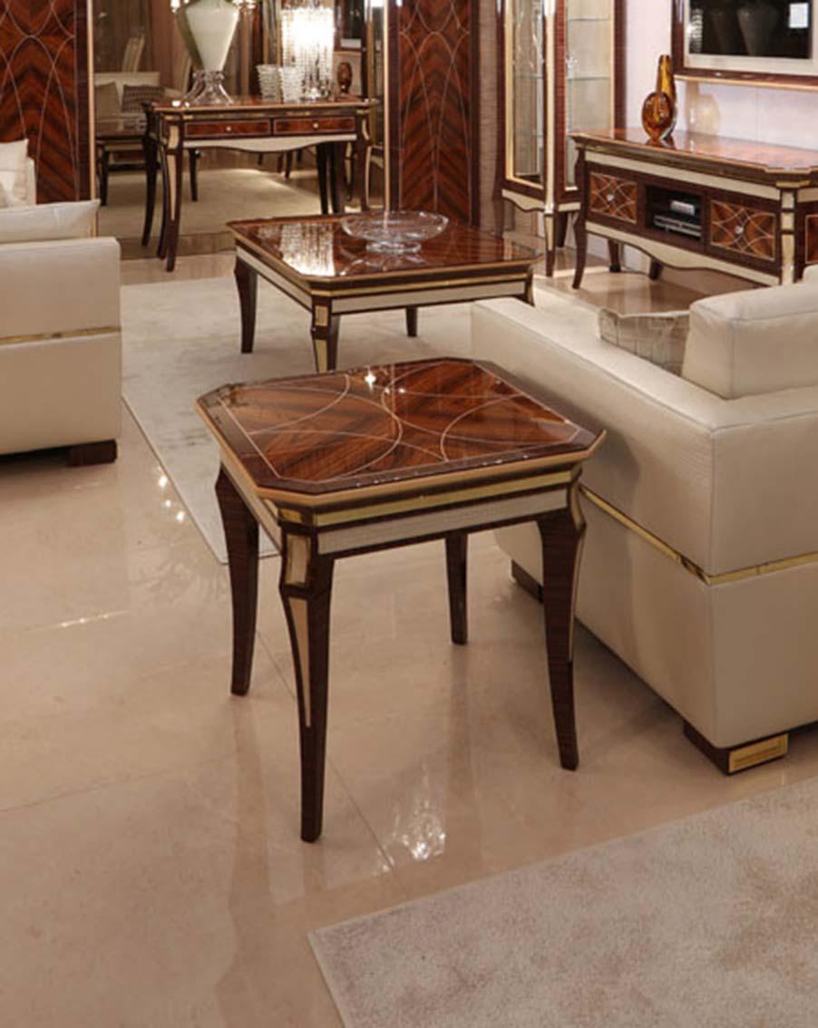 Кофейный столик квадрат