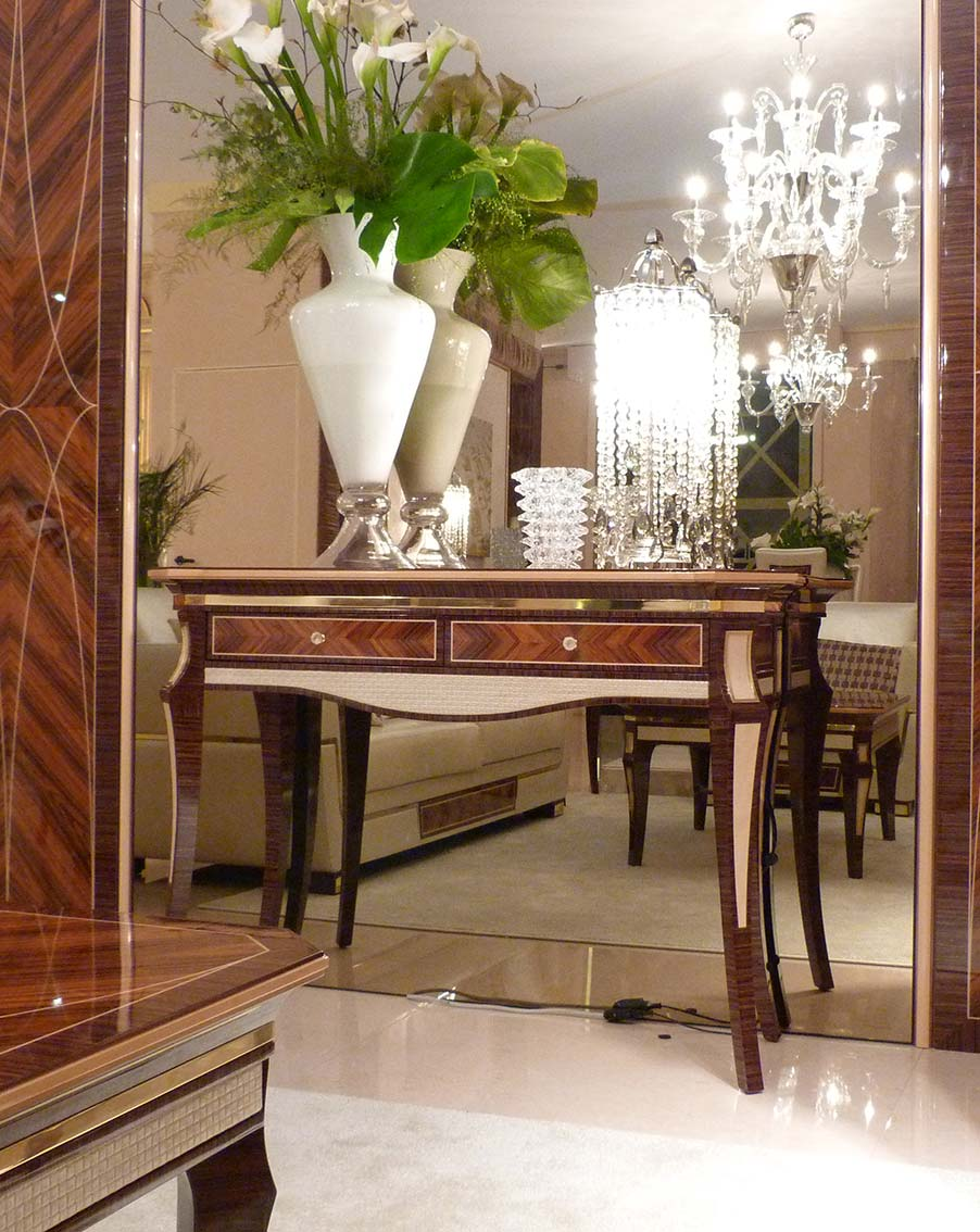 consolle elegante di lusso in legno in stile contemporaneo