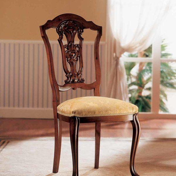 sedia elegante di lusso in legno in stile classico