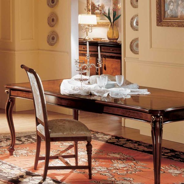 Rectangular table with side extensions