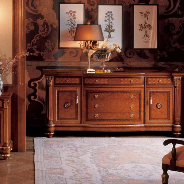comò elegante di lusso in legno in stile classico