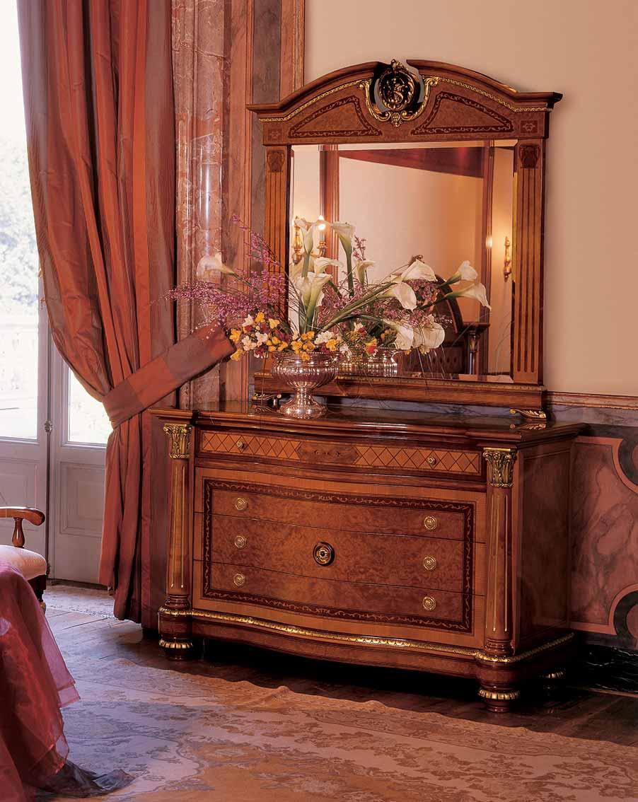 como elegante di lusso in legno in stile classico