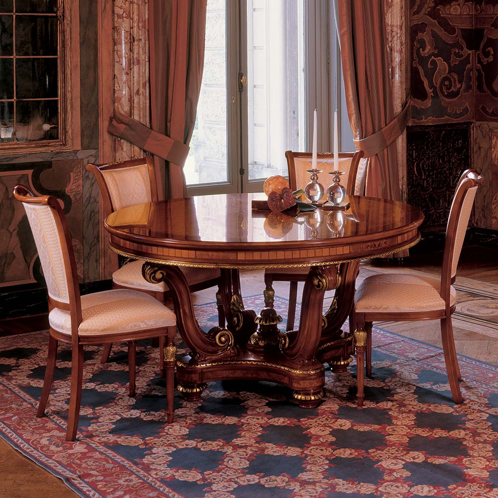 Round table with pedestal 1